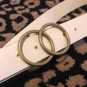 Aritiza white belt